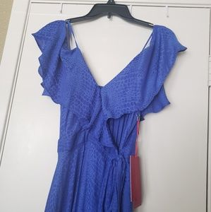 NWT Jennifer Lopez Cold Shoulder Wrap Dress